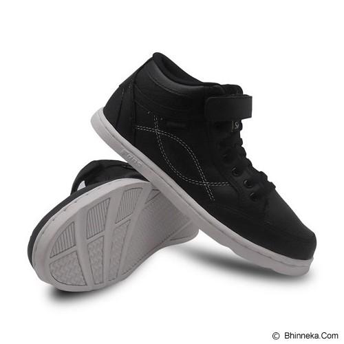 FANS Destars BW Size 44 - Black White - Sneakers Pria