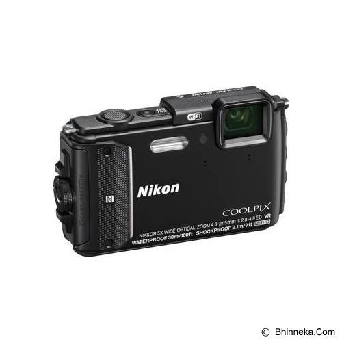 NIKON Coolpix AW130 - Black - Camera Underwater