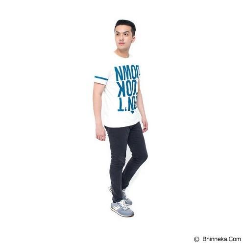 OBLONGKU T Shirt Down Look Down Size XL [008-TS.004] - Cream - Kaos Pria