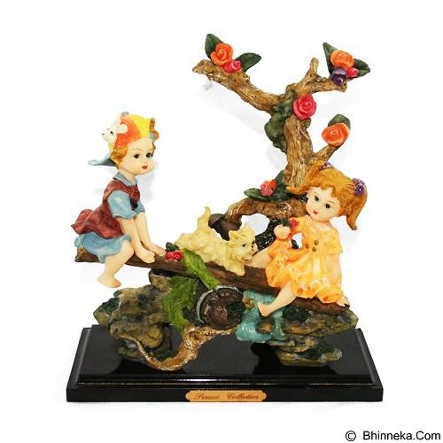 OHOME Pajangan 3D Vintage Keramik Boy Girl & Cat [EV-SP-2202] (Merchant) - Pajangan Meja