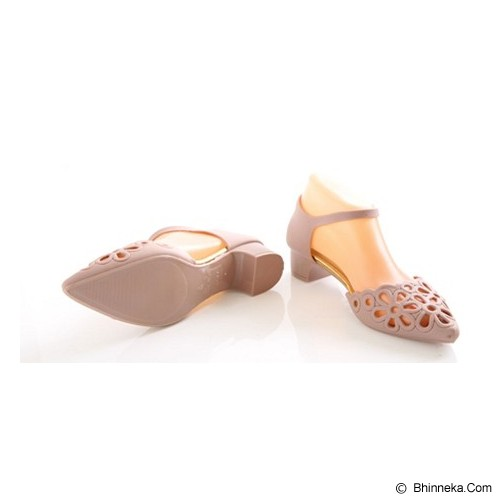 SENDAL UNIK MURAH Floral Pointy Jelly Shoes Size 39 - Beige - Wedges Wanita