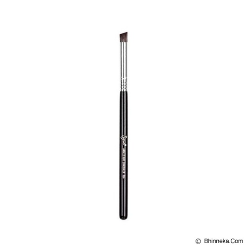 SIGMA BEAUTY F66 Angled Buff Concealer™ - Kuas Make-Up