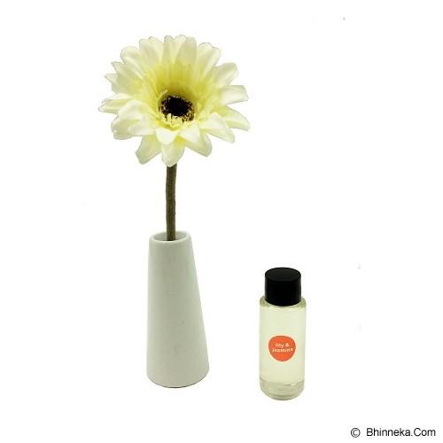 TAKI Reed Diffuser 30ml with Daisy Ceramic [AR-33] - Lily & Jasmine - Aromatherapy / Lilin Terapi