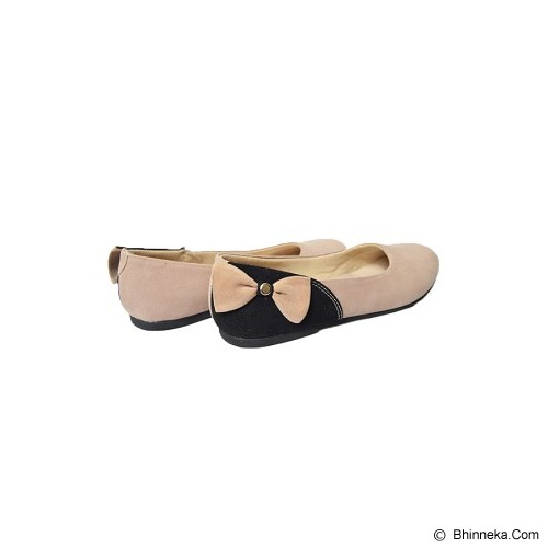 VEGA SHOES Bunny Size 36 - Cream - Flats Wanita