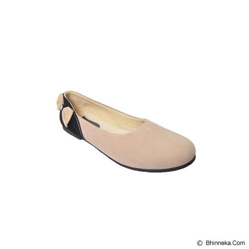 VEGA SHOES Bunny Size 40 - Cream - Flats Wanita