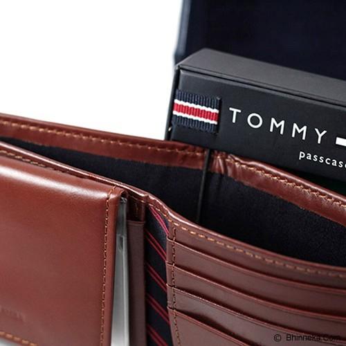 TOMMY HILFIGER Mens Ranger Passcase Wallet - Tan - Dompet Pria