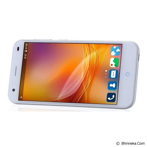ZTE Blade S6 - Smart Phone Android