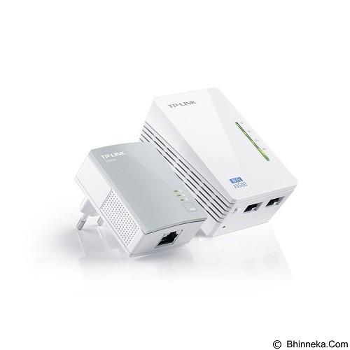 TP-LINK AV500 Wi-Fi Powerline Extender Starter Kit [TL-WPA4220KIT] - Powerline Adapter