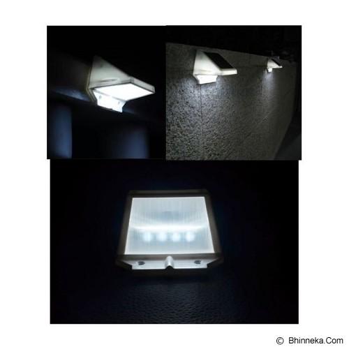 UNIQTRO Lampu Dinding 4 LED Kubus Tenaga Surya - Lampu Tenaga Surya