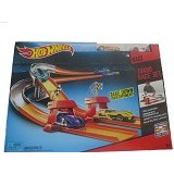 HOT WHEELS Turbo Race Set [BGJ10] - Mainan Simulasi