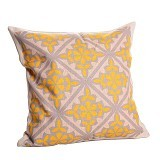 OLC Bantal Sofa Motif Tribal Flower Carving [Q1952] - Bantal Dekorasi